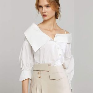 NWT 🌟 white off shoulder blouse